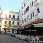 Petit Zoco de Tanger conel Café Central y el Tingis